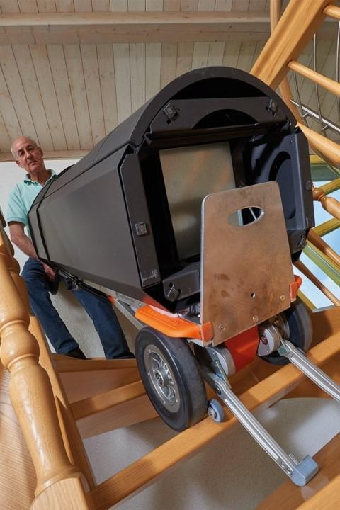 CargoMaster Sube-escaleras Eléctrica CC200 Carretilla Manual subiendo escaleras estrechas de caracol